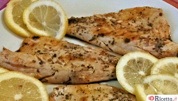 Ricetta filetti di branzino agli agrumi consigli e ingredienti - Ricette con forno a vapore ...