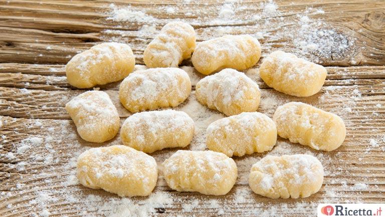 Gnocchi Di Patate Ricetta Originale.Ricetta Gnocchi Di Patate Senza Uova Consigli E Ingredienti Ricetta It