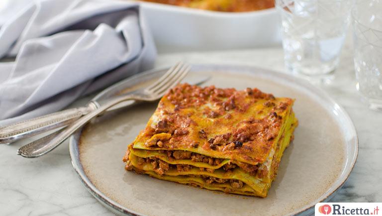Ricetta Lasagne Verdi Alla Bolognese.Ricetta Lasagne Alla Bolognese Consigli E Ingredienti Ricetta It