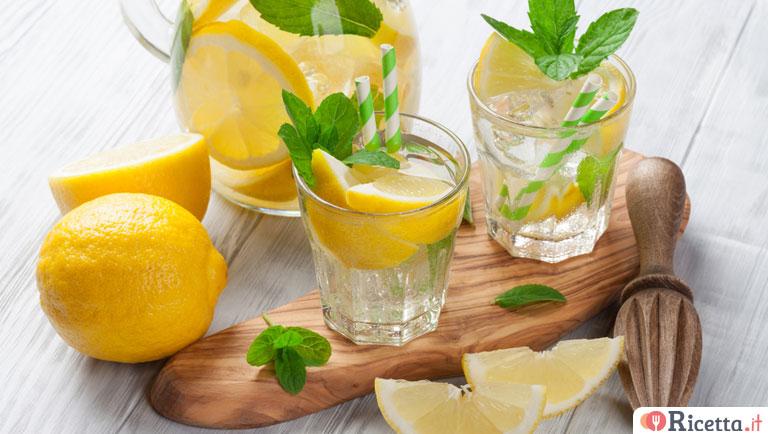 Ricetta Limonata Con Menta.Ricetta Limonata Consigli E Ingredienti Ricetta It