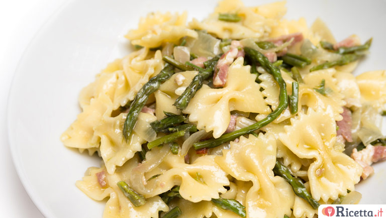 Ricetta Pasta con asparagi e funghi - Consigli e Ingredienti
