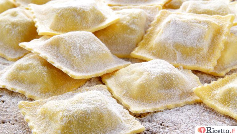 Ricetta Ravioli Per 2 Persone.Ricetta Ravioli Di Pesce Consigli E Ingredienti Ricetta It