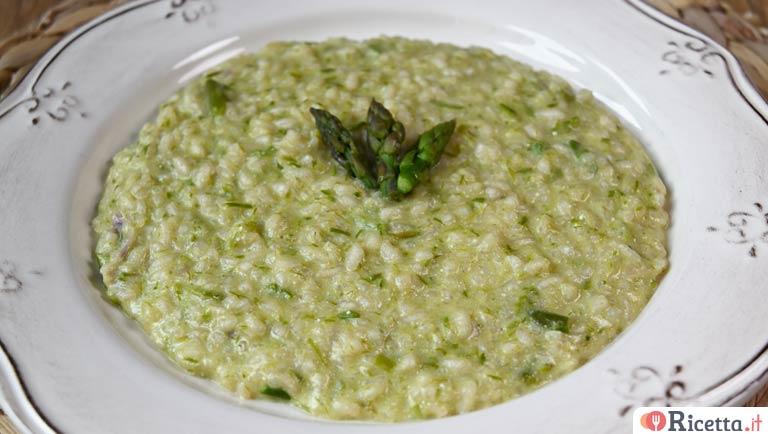 Ricette Risotto Asparagi Bimby.Ricetta Risotto Agli Asparagi Con Il Bimby Consigli E Ingredienti Ricetta It