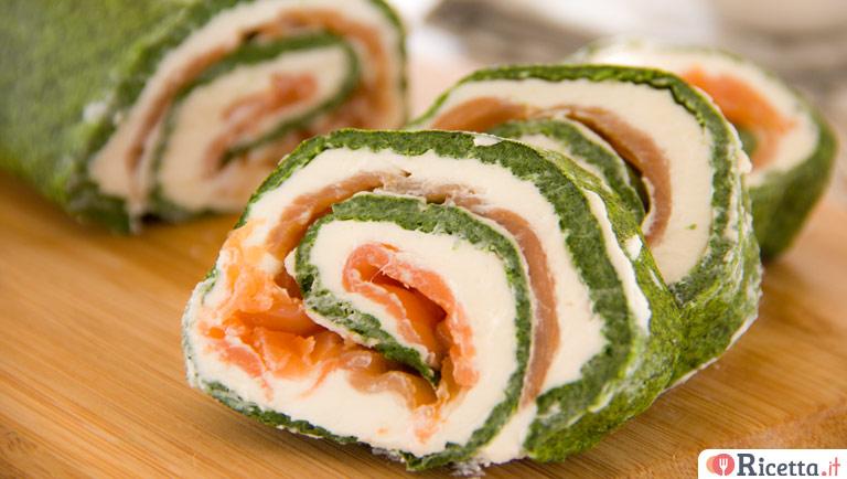 Rotolo di spinaci al formaggio e salmone