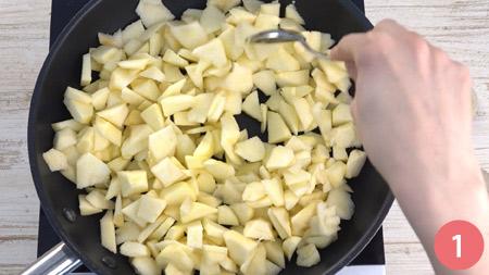 Sbriciolata di mele e amaretti - Passaggio 1