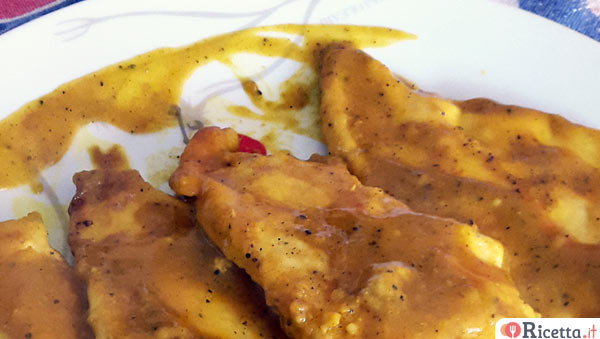 Scaloppine di pollo alla curcuma