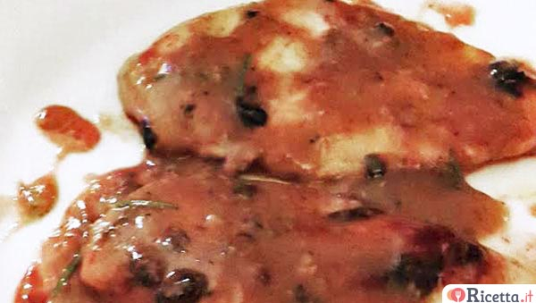 Scaloppine di pollo alla salsa di mirtilli