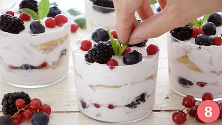 Ricetta Tiramisu Con Yogurt E Panna.Ricetta Tiramisu Estivo Allo Yogurt E Frutti Di Bosco Consigli E Ingredienti Ricetta It