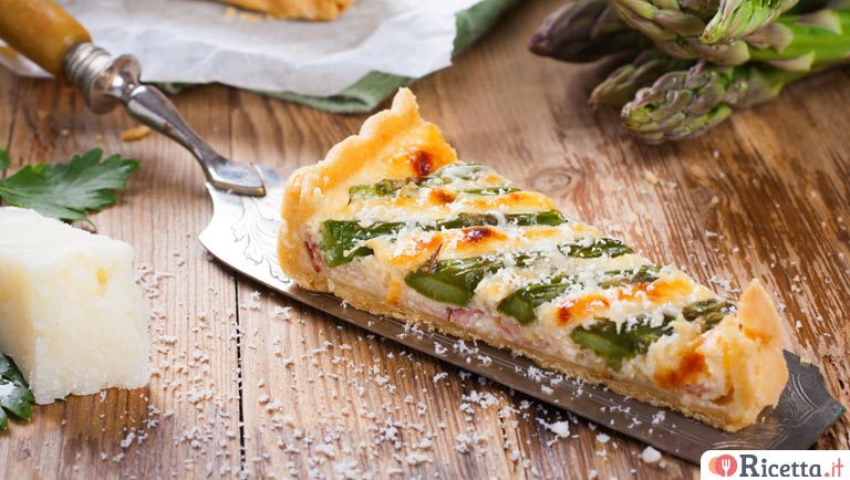 Ricetta Quiche Asparagi E Pancetta.Ricetta Torta Salata Con Asparagi E Pancetta Consigli E Ingredienti Ricetta It