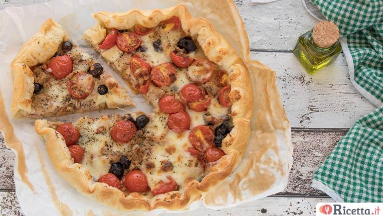 Ricetta Quiche Tonno.Ricetta Torta Salata Con Pomodorini Tonno E Olive Consigli E Ingredienti Ricetta It